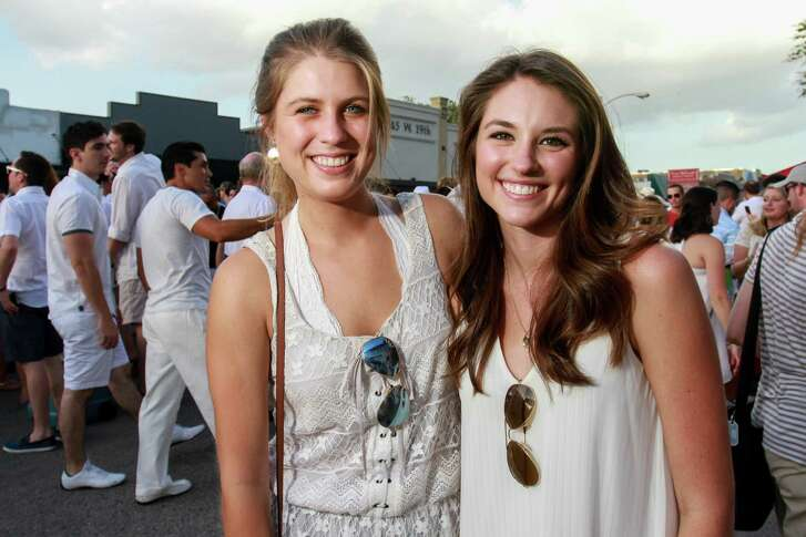 White Linen Night in The Heights. (For the Chronicle/Gary Fountain, August 6, 2016)