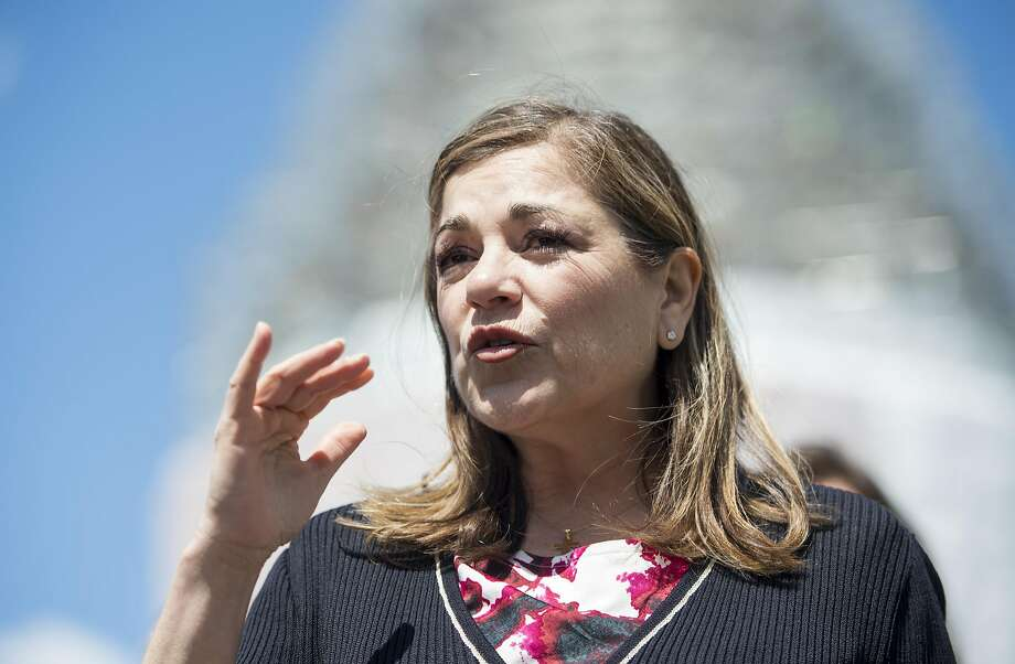 Rep. Loretta Sanchez, D-Calif., participates in the news conference on Food and Drug Administration menu labeling regulations on April 28, 2015.  Photo: Bill Clark, CQ-Roll Call,Inc.