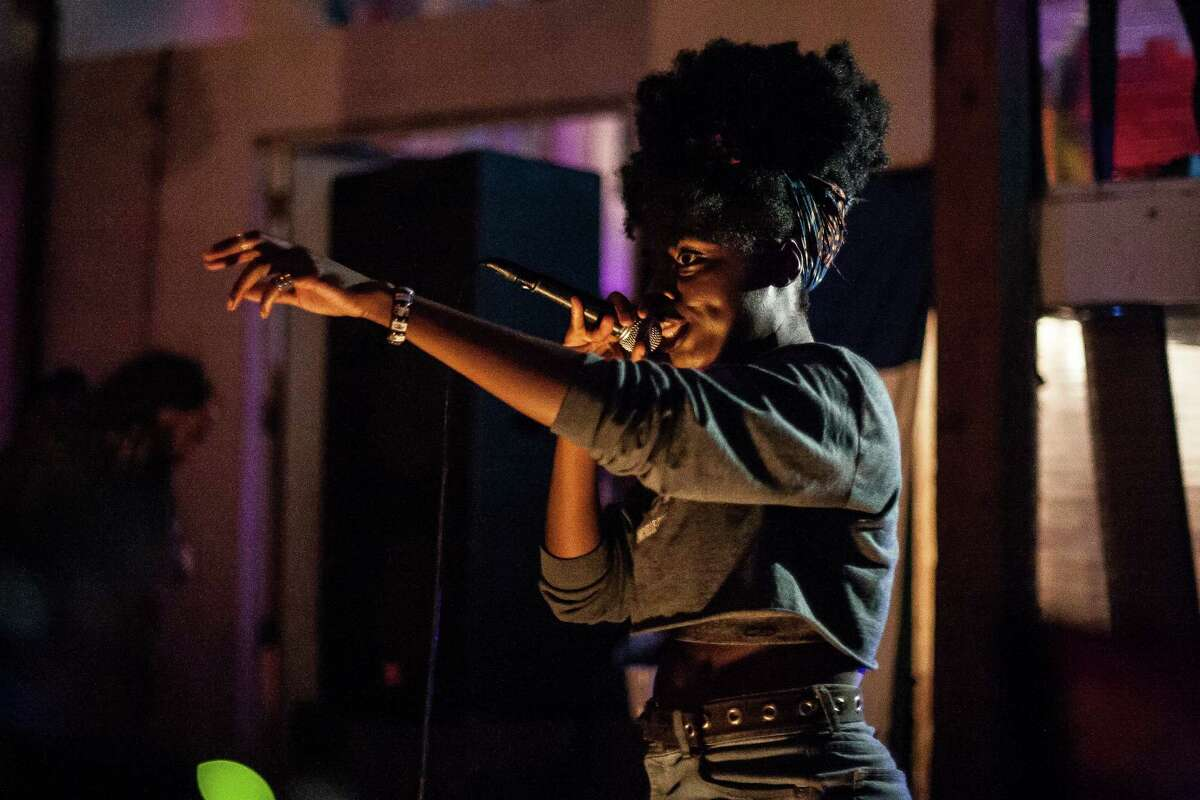 Lyric Michelle performs during a show for Roosh Williams at The Safehouse Friday August 12, 2016.