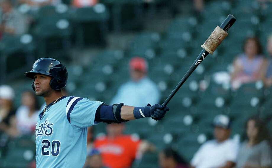 In his third plate appearance of the game, Yulieski Gurriel grounded into a fielder's choice but drove in his first RBI in Class AA to tie the game at two. Photo: Karen Warren, Houston Chronicle / © 2016 Houston Chronicle