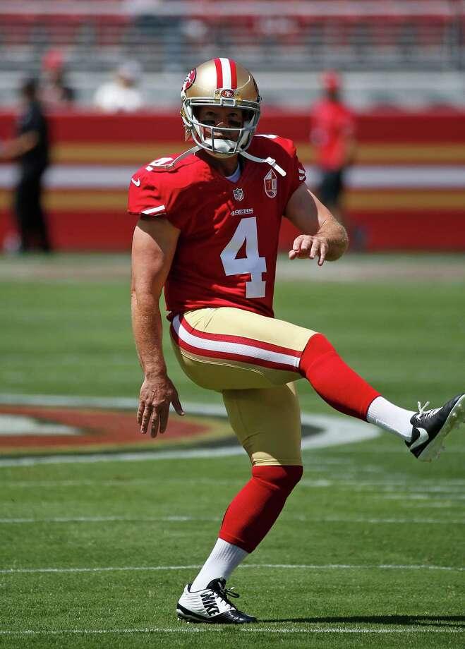 San Francisco 49ers kicker Phil Dawson warms up before the start of an NFL preseason football game against the Houston Texans Sunday, Aug. 14, 2016, in Santa Clara, Calif. (AP Photo/Tony Avelar) Photo: Tony Avelar, Associated Press / FR155217 AP