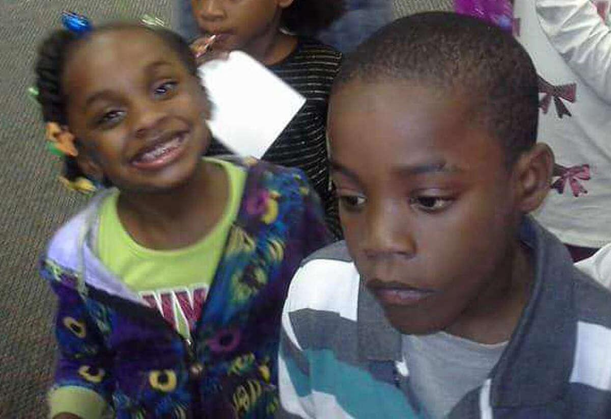AraylonThomas (right), 7, and his sister Kayiana Thomas (left), 5, Photo courtesy Marketta Smith