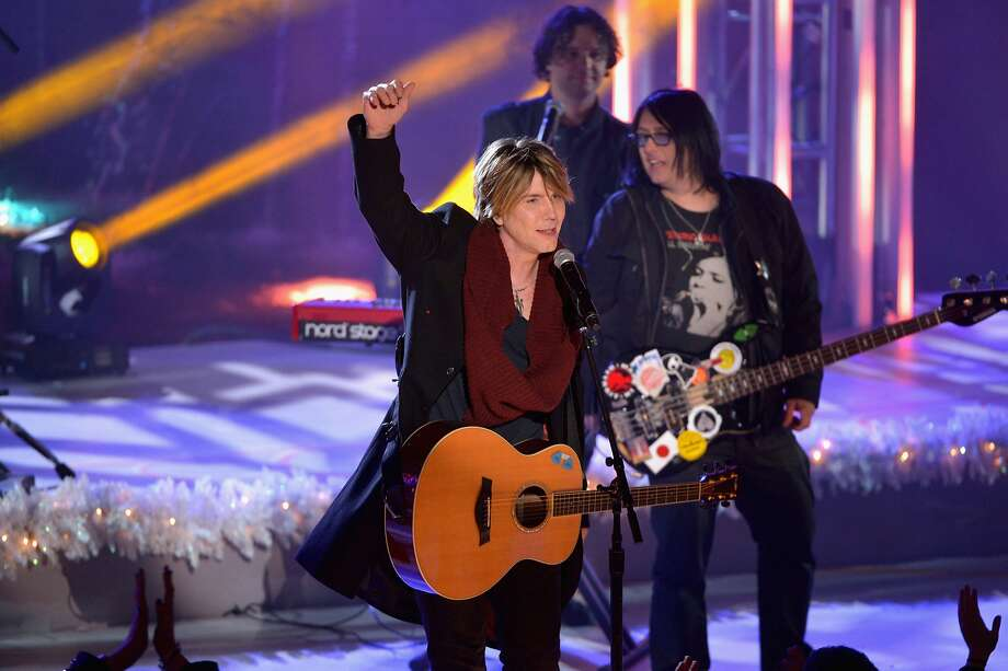 NEW YORK, NY - DECEMBER 04:  John Rzeznik and the Goo Goo Dolls perform during 81st Annual Rockefeller Center Christmas Tree Lighting Ceremony at Rockefeller Center on December 4, 2013 in New York City.  (Photo by Stephen Lovekin/Getty Images) Photo: Stephen Lovekin, Getty Images