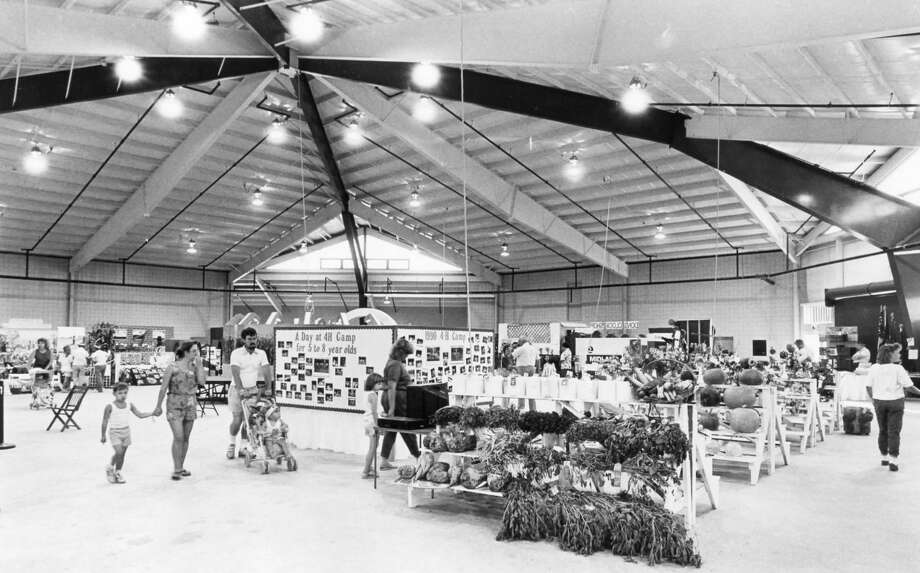 The interior of the new Carl Gerstacker Fair Building. August 1990 Photo: Midland Daily News File Photo