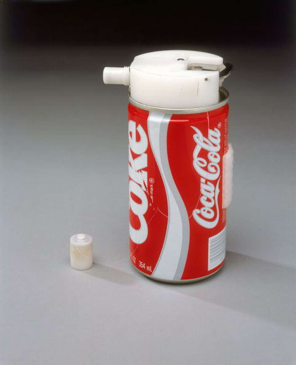 Coke v. Pepsi war When Coca-Cola made a deal with NASA astronauts to test their new $250,000 zero-gravity can design, Pepsi quickly did the same. The two soft drinks were sent into space in Challenger's week-long mission in 1985.