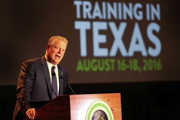 Al Gore kicks off a three-day Climate Reality Project conference activist training conference at the Hilton Americas-Houston Tuesday, Aug. 16, 2016, in Houston. ( Steve Gonzales  / Houston Chronicle  )