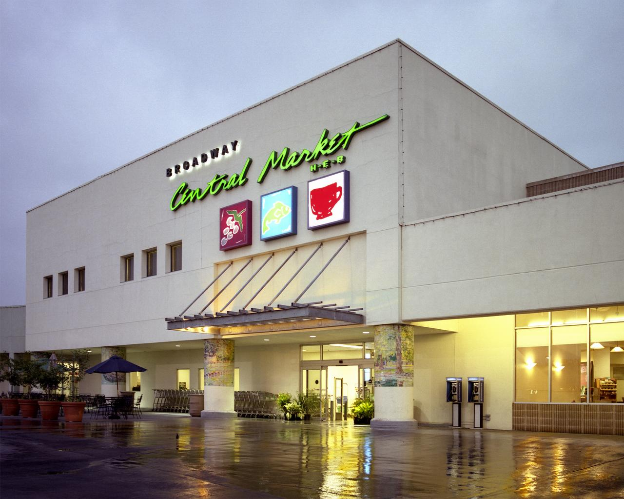 H-E-B sells 3 former Sun Fresh grocery stores in North ...