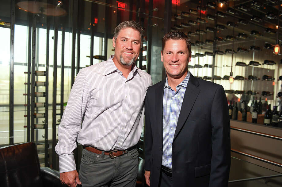 Lance Berkman and Randy McIlvoy Photo: Daniel Ortiz