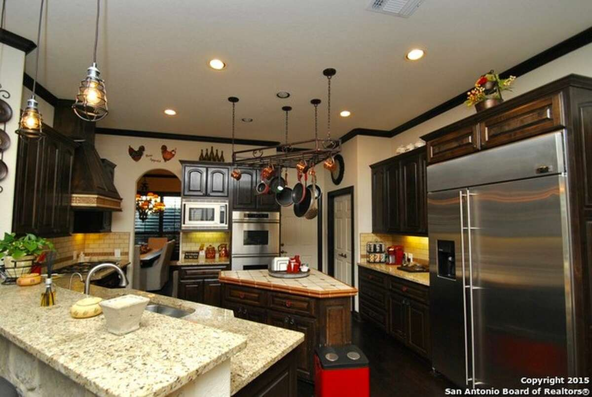 23926 Spring Scentin San Antonio Sold: $590,000 / Date: June 14, 2016
