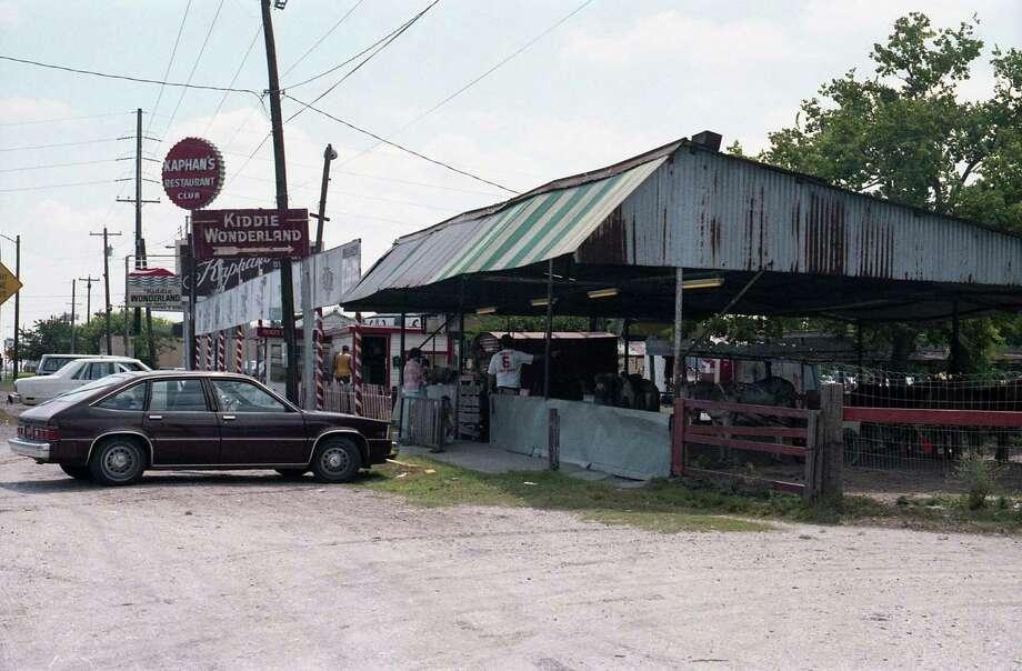 Kiddie Wonderland, 7800 South Main, Aug. 12, 1986. Photo: Betty Tichich, Houston Chronicle