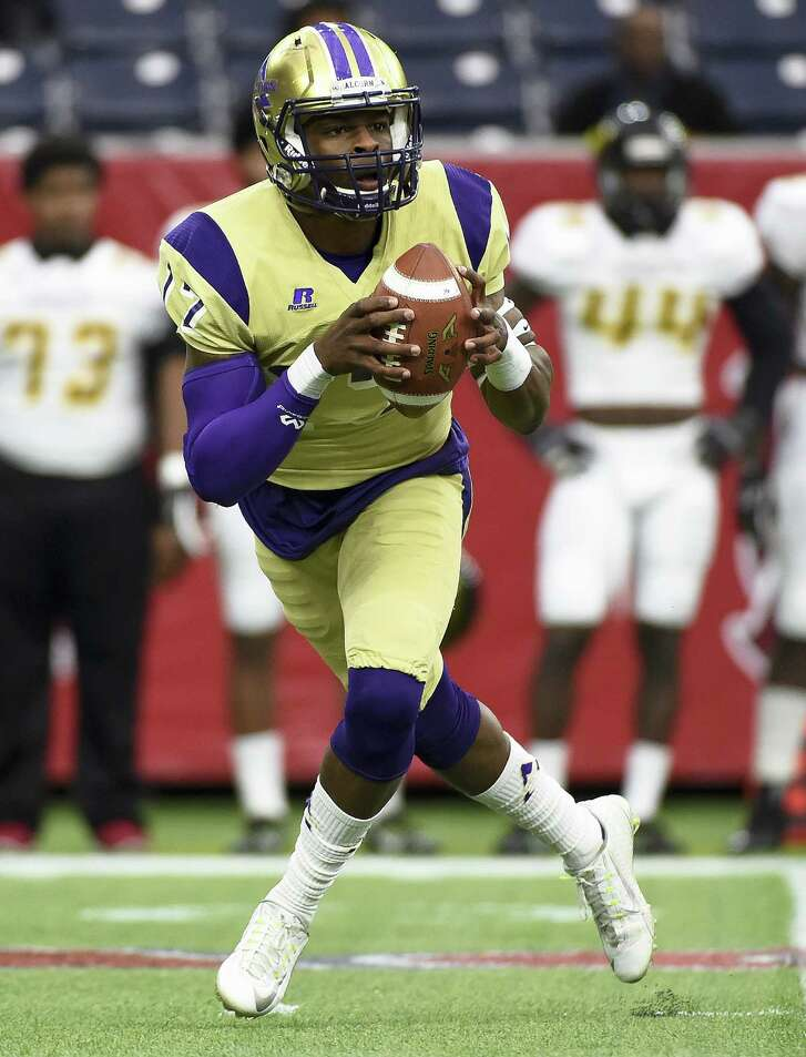 Alcorn State quarterback Lenorris Footman (17) scrambles in the first quarter of the Southwestern Athletic Conference championship college football game against Grambling State, Saturday, Dec. 5, 2015, in Houston. (AP Photo/Eric Christian Smith)
