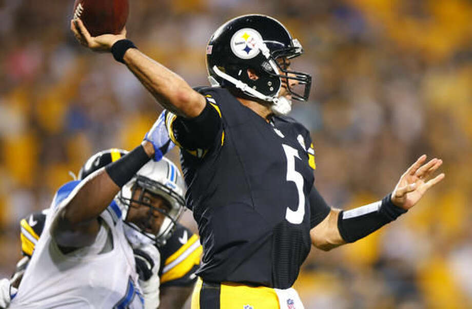 Pittsburgh Steelers quarterback Bruce Gradkowski (5) passes under pressure from Detroit Lions outside linebacker Tahir Whitehead during second half of an NFL exhibition football game in Pittsburgh, Friday, Aug. 12, 2016. (AP Photo/Jared Wickerham) Photo: Jared Wickerham