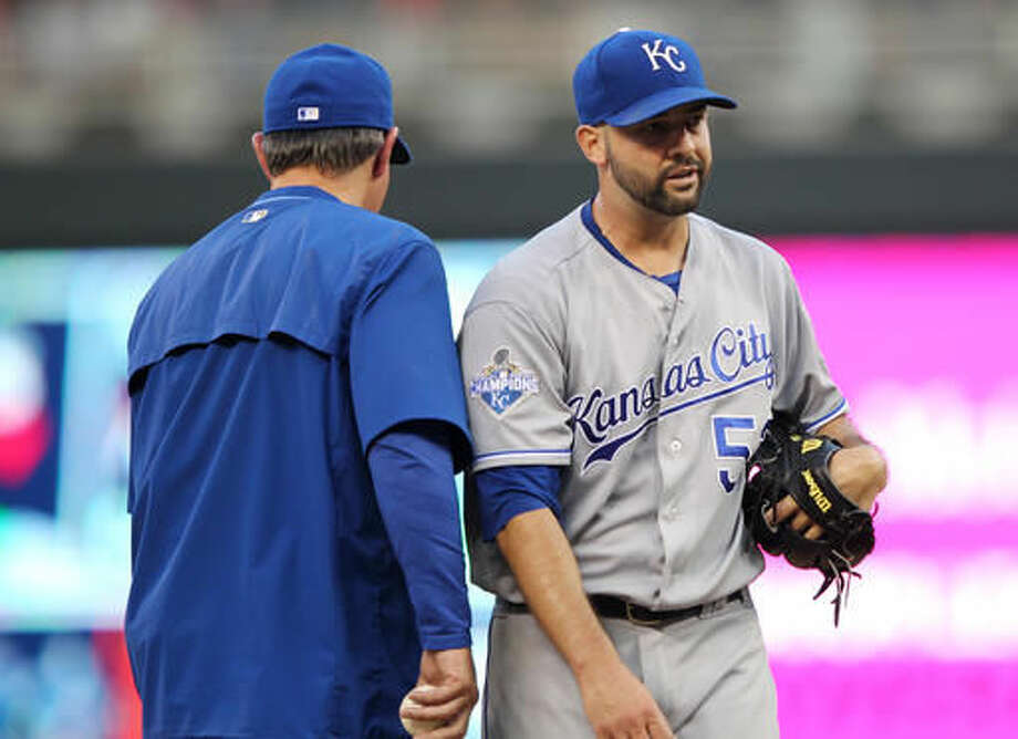 Kansas City Royals manager Ned Yost takes the ball from starting pitcher Dillon Gee against Minnesota Twins as he leaves a baseball game in the sixth inning on Saturday, Aug., 13, 2016, in Minneapolis. (AP Photo/Andy Clayton-King) Photo: Andy Clayton-King