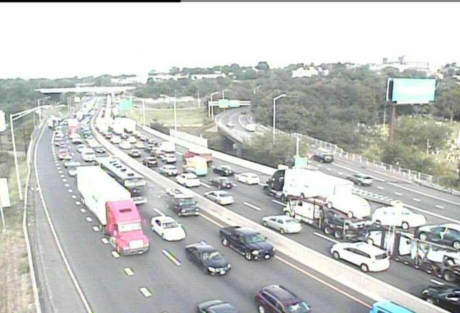 I-95 traffic crawls near the Route 7 connector in Norwalk on Thursday, Aug. 18, 2016. An accident has closed two, northbound lanes. Photo: Conn-DOT