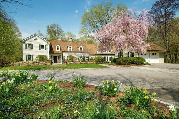 A lovely 1920s colonial tucked at the end of a private drive on Turner Hill Road offers a rare opportunity to own a Connecticut country compound on the east side of New Canaan.