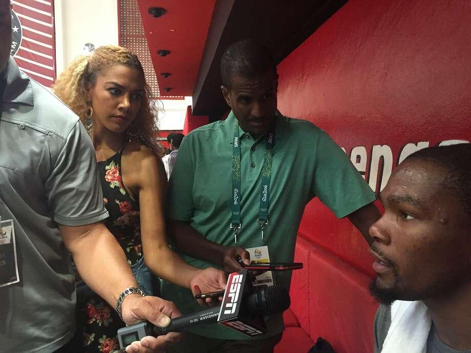 Reporter Gold-Onwude at U.S. basketball practice Photo: Ann Killion