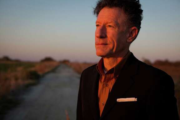 Musician, singer-songwriter Lyle Lovett