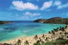 UNITED STATES - APRIL 23: Hanauma Bay Beach, island of Oahu, Hawaii, United States of America. (Photo by DeAgostini/Getty Images)