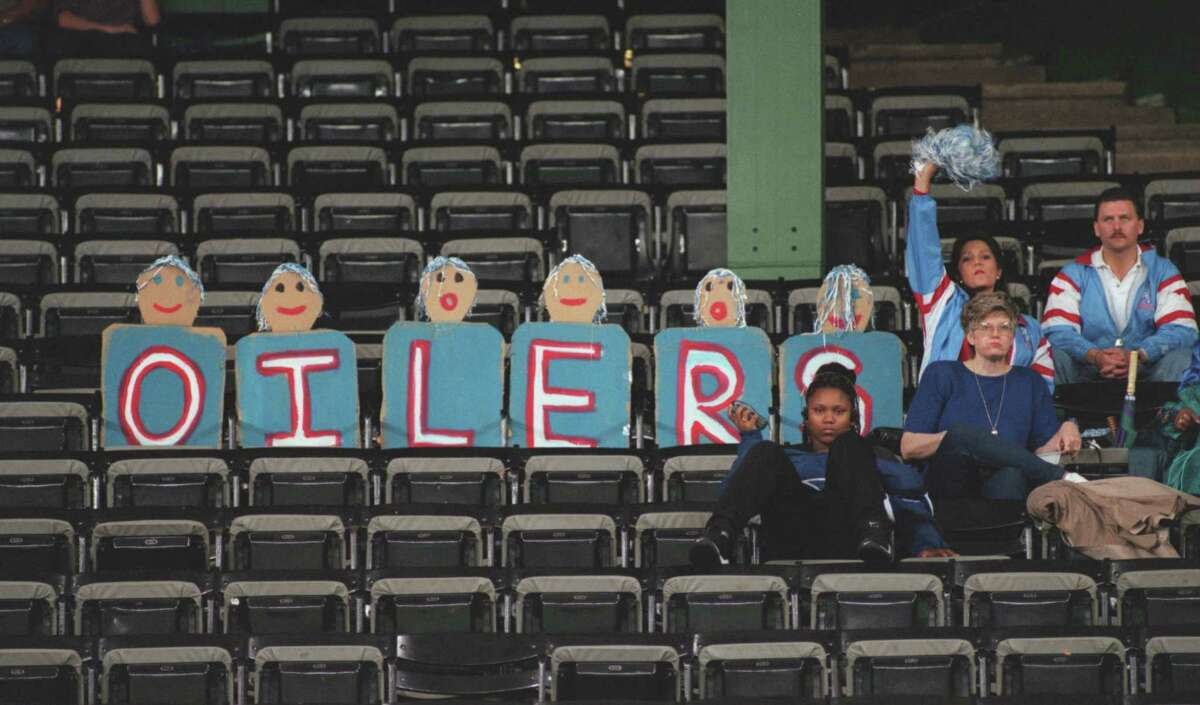Oilers fans did what they could to drum up support for the team's last days on Houston soil, including the final game in the Astrodome on Dec. 15, 1996.