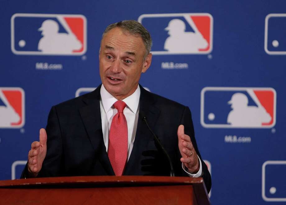 MLB commissioner Rob Manfred  Photo: Mark Mulligan, Staff / © 2016 Houston Chronicle