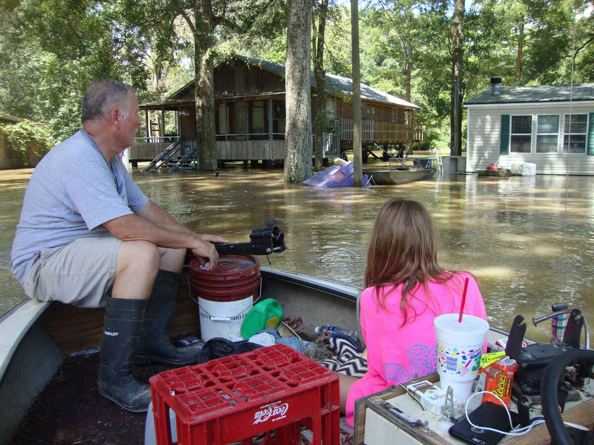 Number of people rescued Louisiana floods:20,000 Katrina:34,000 (Coast Guard only)