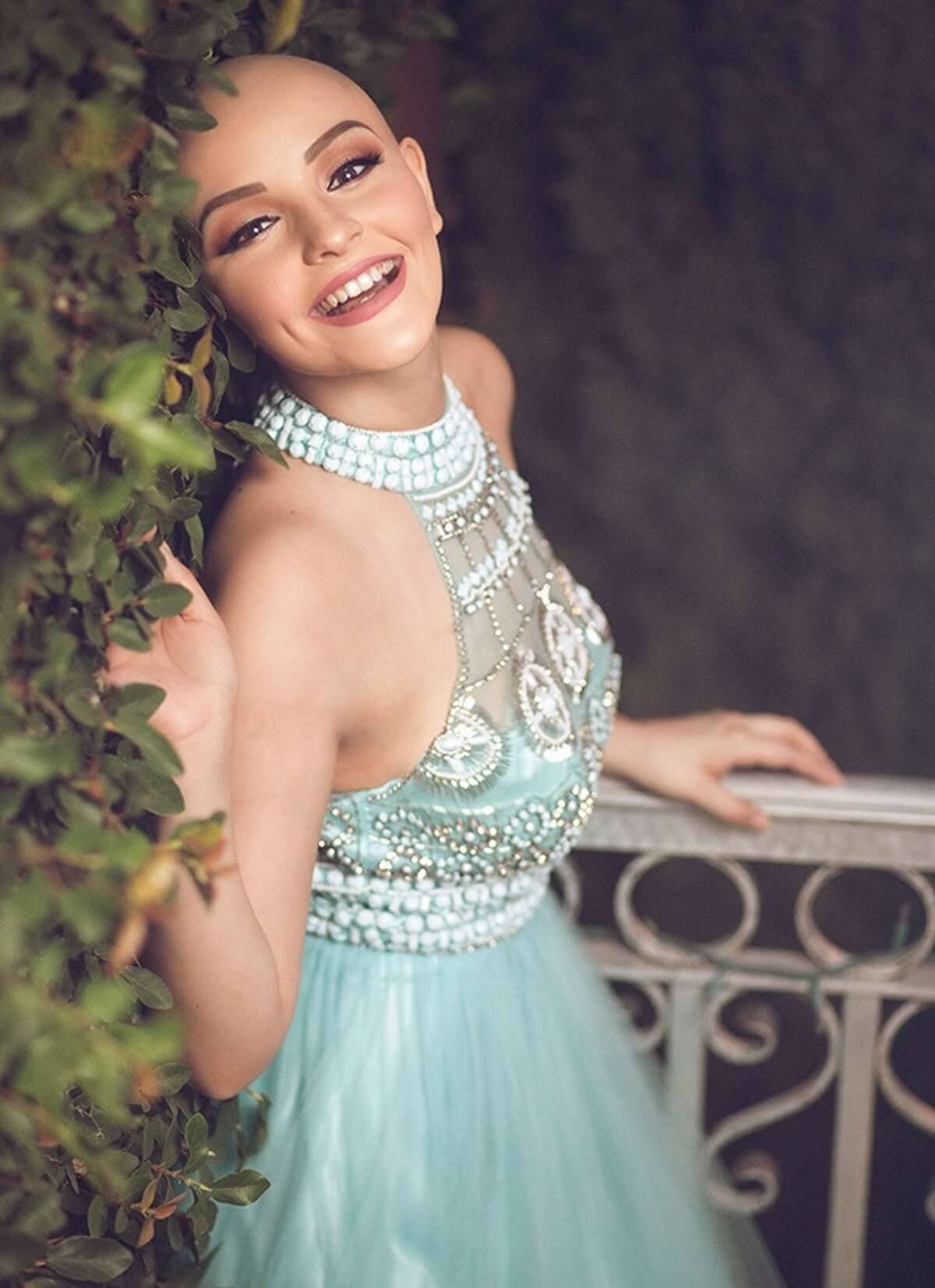 McAllen native Andrea Sierra Salazar, 17, worked with photographer Gerardo Garmendia for a photoshoot in which she chose to not wear a wig to celebrate the fact that cancer does not stop her from being a