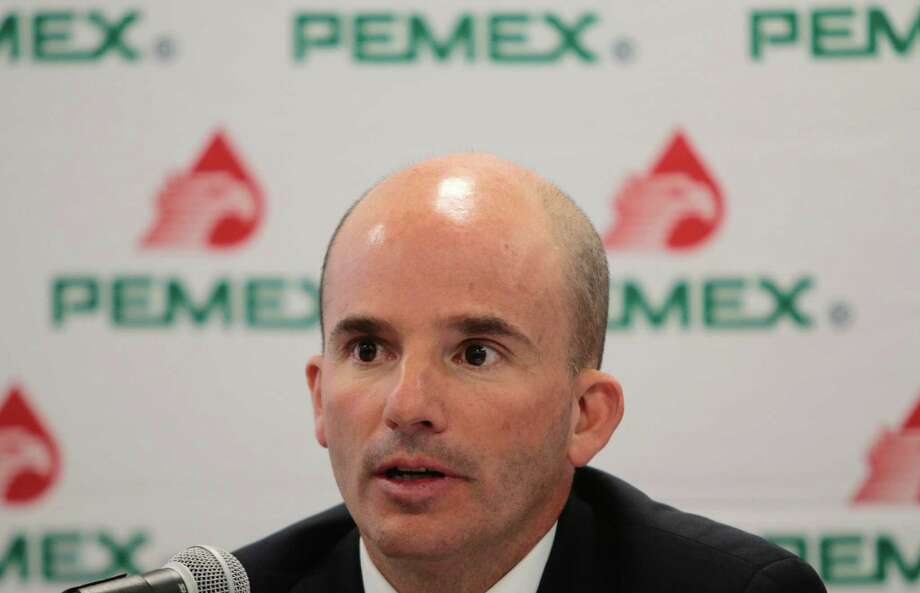 Pemex cash flow shortfalls, which mean the company is spending more than it earns from operations, will further complicate efforts by Chief Executive Officer Jose Antonio Gonzalez to seek joint ventures, stabilize production and improve ailing refineries. Photo: PEDRO PARDO /AFP /Getty Images / AFP or licensors