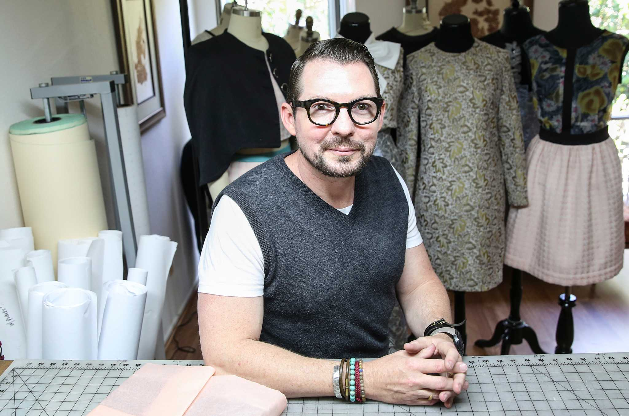 Fashion Provides A Second Act For Designer Steve Guthrie Houstonchronicle Com