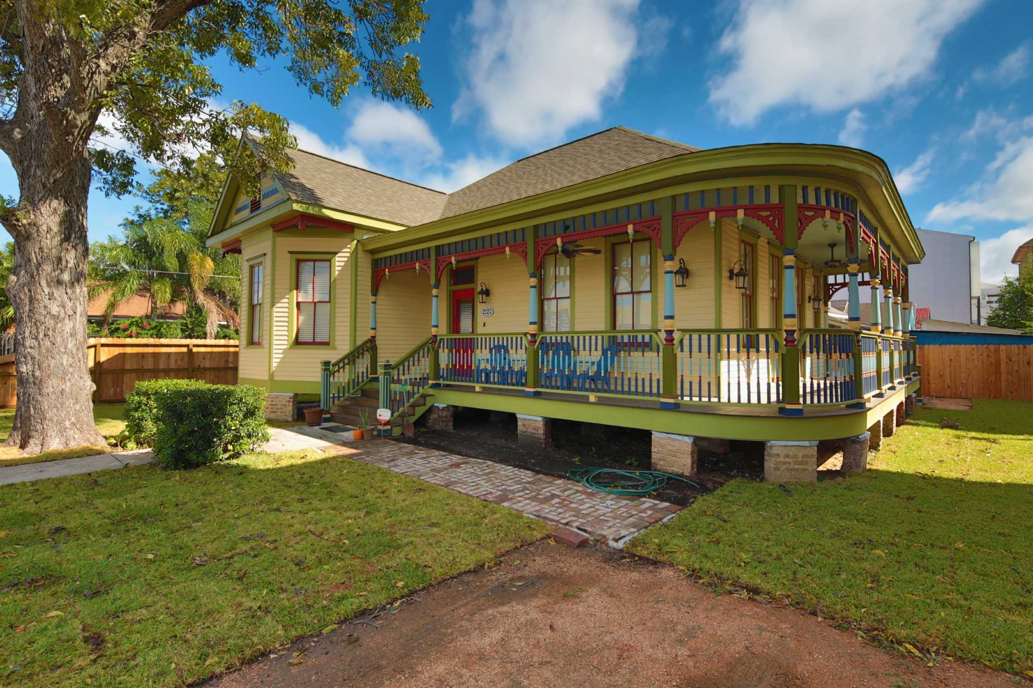 FW Heritage saves small pieces of Houston history one home at a