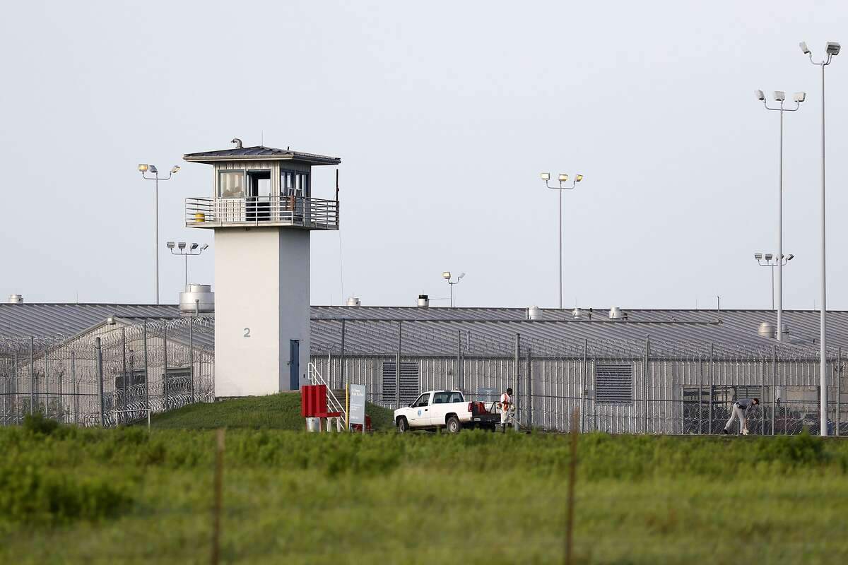 Huntsville Unit in Huntsville Execution:13 Suicide:0 Homicide:0 Natural:2 Accidental:0