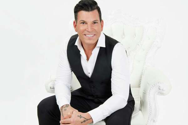 """Celebrity event planner David Tutera, above, and his """"Dream Bigger Tour,"""" with Broadway star Norm Lewis, come to the Palace Theater in Stamford on Friday, Aug. 26, at 8 p.m."""