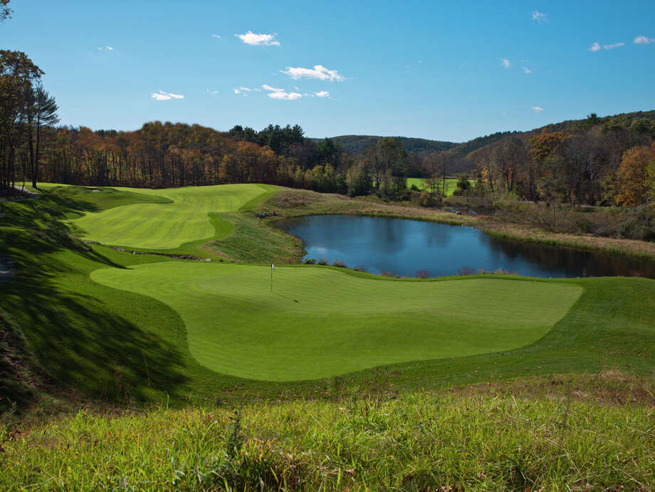 Mohegan Sun Golf Club will host the inaugural World Caddie Matches on Monday, Aug. 29. Spectators are welcome. Photo: LC Lambrecht / Contributed Photo / ©2011 LC Lambrecht