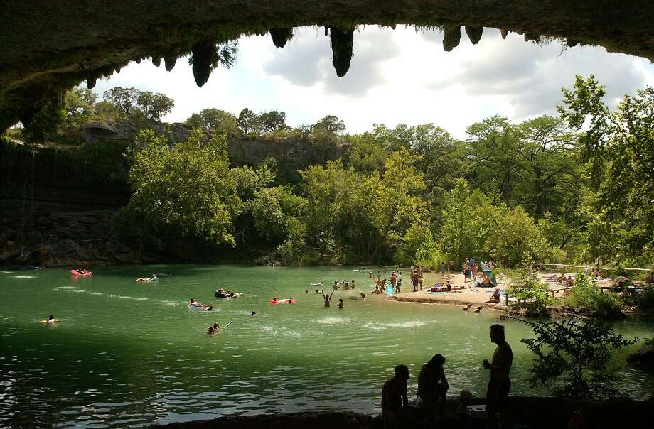 14 reasons why you need to visit hamilton pool this summer - Hamilton swimming pool san francisco ...