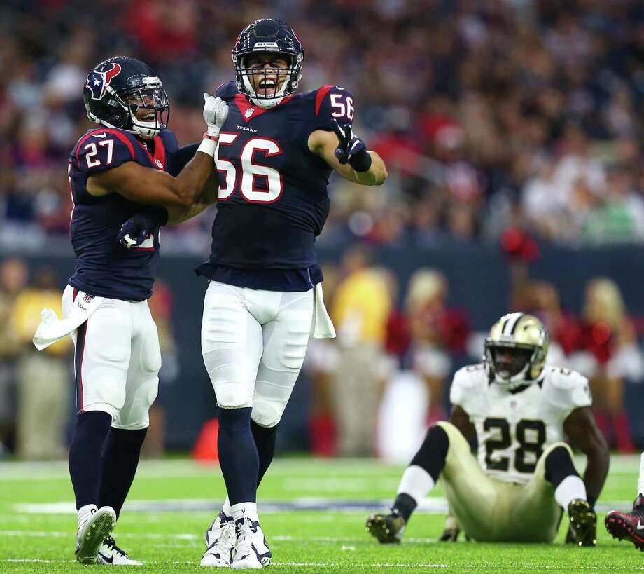 Linebacker Brian Cushing (56) and strong safety Quintin Demps (27) were among the Texans' veterans who played Saturday, a contrast from Bill O'Brien's previous approach. Photo: Karen Warren, Houston Chronicle / 2016 Houston Chronicle