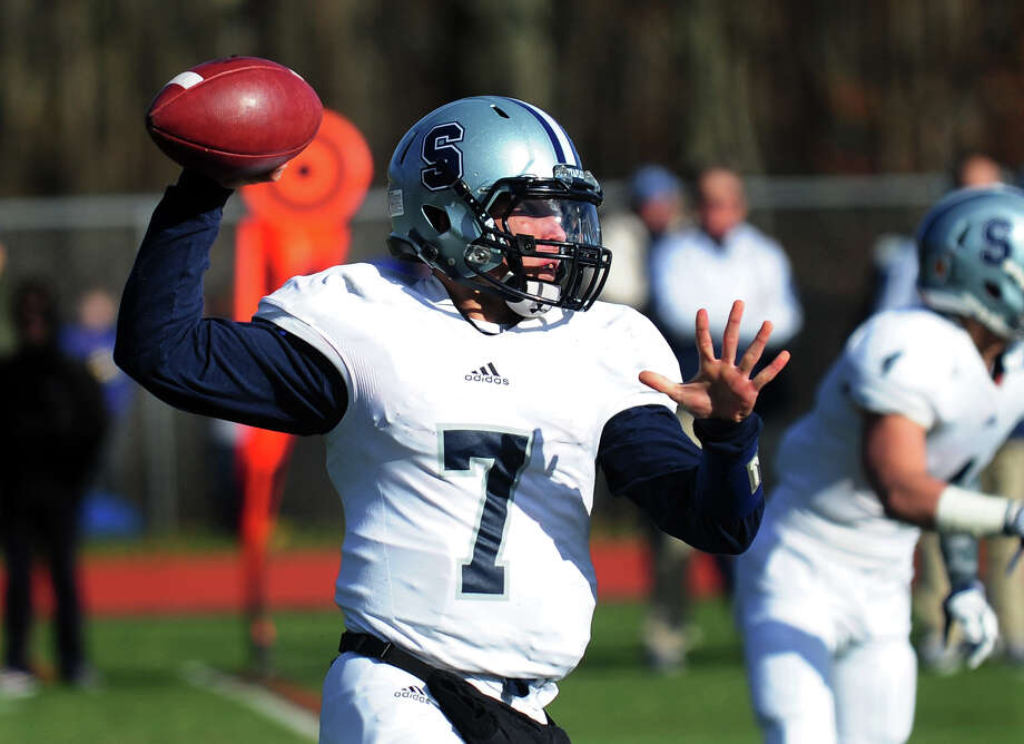 Now a senior, Staples quarterback Andrew Speed will lead the offense in 2016. Photo: File Photo / Connecticut Post