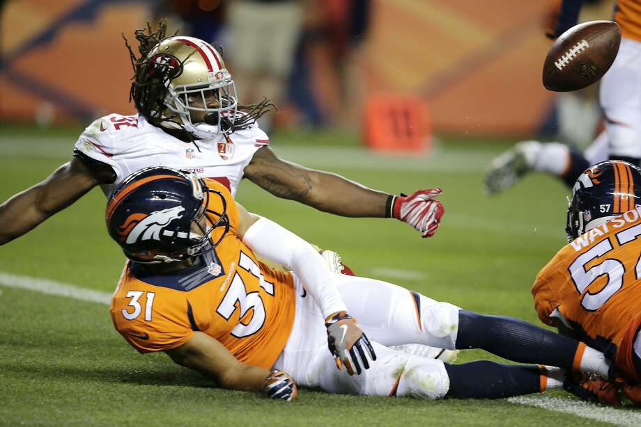 DuJuan Harris fumbled at the one-yard line Saturday in a 31-24 win over the Broncos. Photo: Jack Dempsey, Associated Press