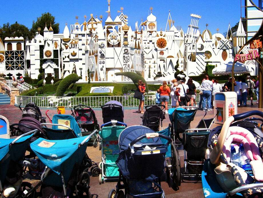 FILE-- Strollers are a familiar sight at Southern California theme parks such as Disneyland. Starting May 1, visitors can no longer bring strollers larger than 31 by 52 inches or stroller wagons into the attractions. Photo: Geraldine Wilkins, Los Angeles Times