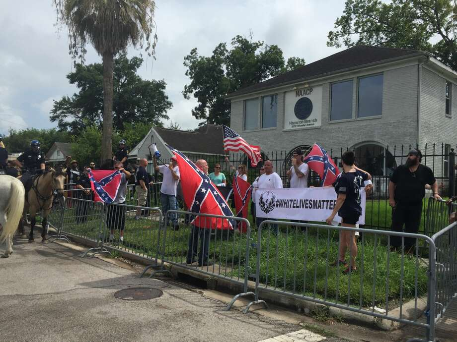 White Lives Matter protested in front of the NAACP office in Third Ward on Sunday. Photo: Darla Guillen/Houston Chronicle