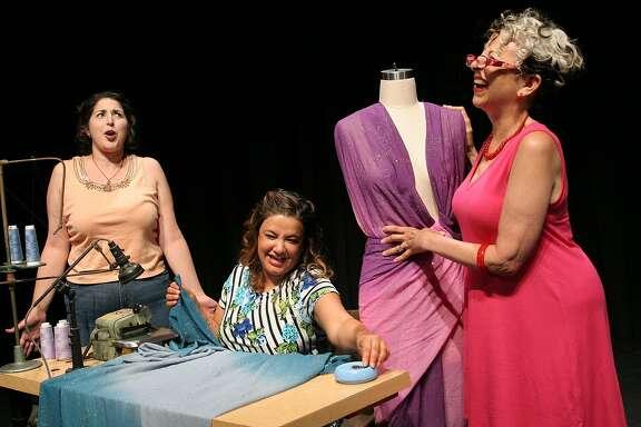 Ana (Janelle Aguirre, left),Estela(Leticia Duarte) andCarmen(Annette Oliveira).