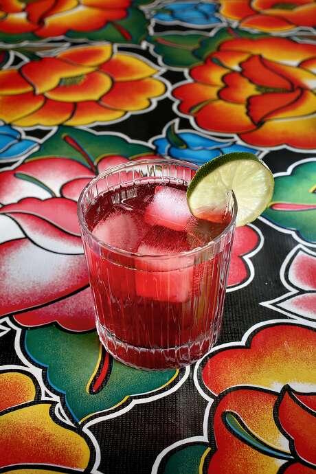Hibiscus-Mint Agua Fresca Photo: Liz Hafalia, The Chronicle