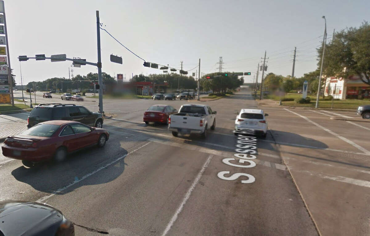 24.Intersection: Gessner and Sam Houston Parkway Number of Crashes (2012-2015): 99