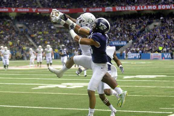 Oregon and TCU tussle in the 2015 Alamo Bowl. The bowl's primary mission is to fill hotel beds during a sleepy time of year. But as the bowl has grown in stature and reserves have amassed, expectations have evolved.