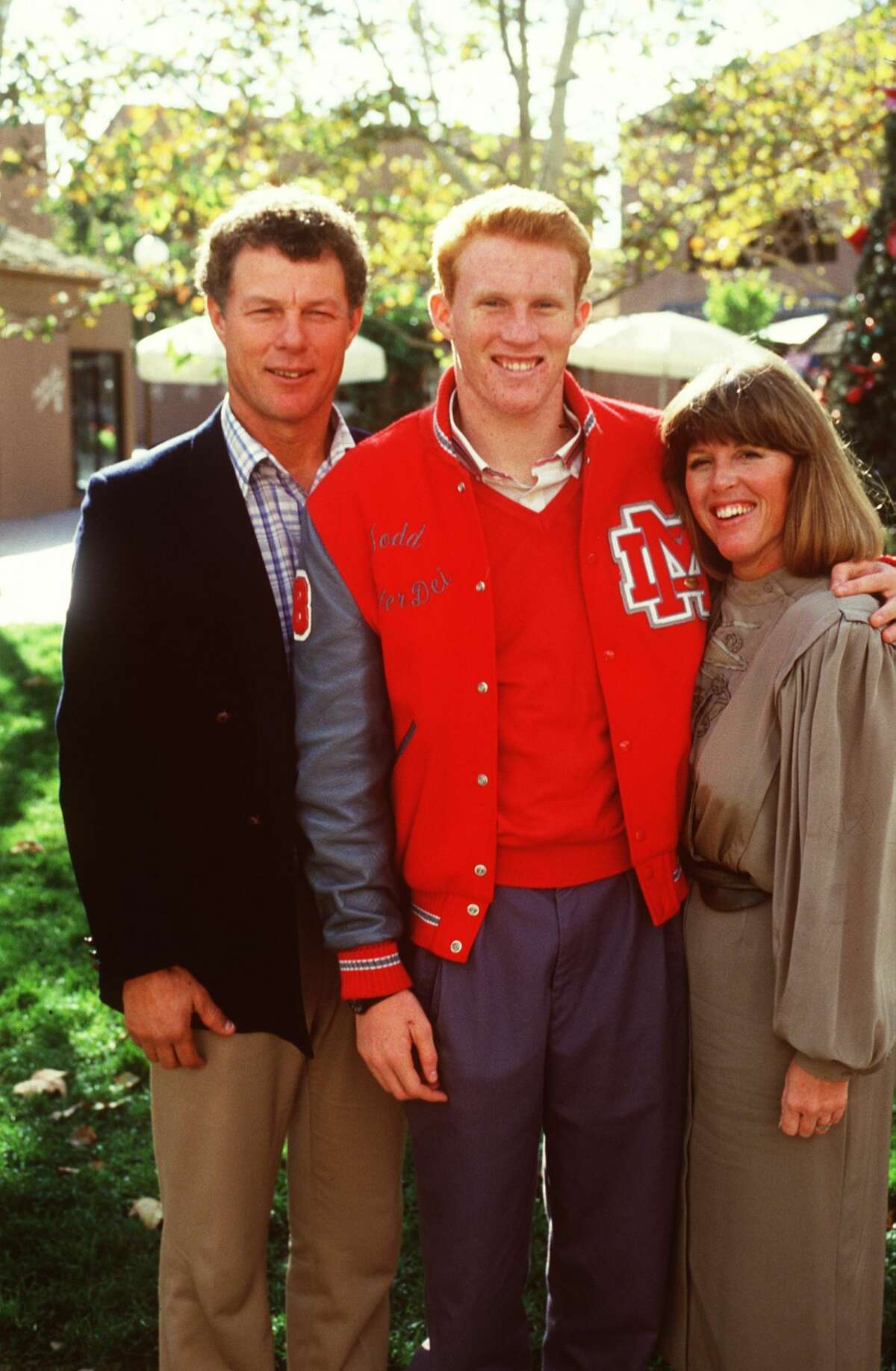Todd Marinovich with Marv and mother in 1986 in San Juan Capistrano.