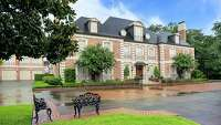 River Oaks mansions on the market in Houston - Photo