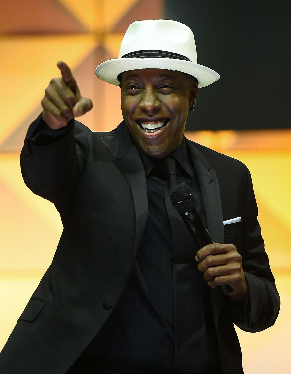 LAS VEGAS, NV - JULY 13: Comedian and talk show host Arsenio Hall hosts the 20th annual Hooters International Swimsuit Pageant at The Pearl concert theater at Palms Casino Resort on July 13, 2016 in Las Vegas, Nevada. (Photo by Ethan Miller/Getty Images)