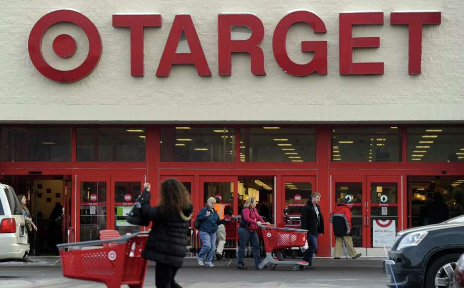 A Minnesota federal judge must hold hearings to determine whether a proposed settlement for about 100 million Target customers who were victims of a 2013 security breach treats all customers fairly, a federal appeals court says. Photo: Connecticut News-Times /File Photo / The News-Times