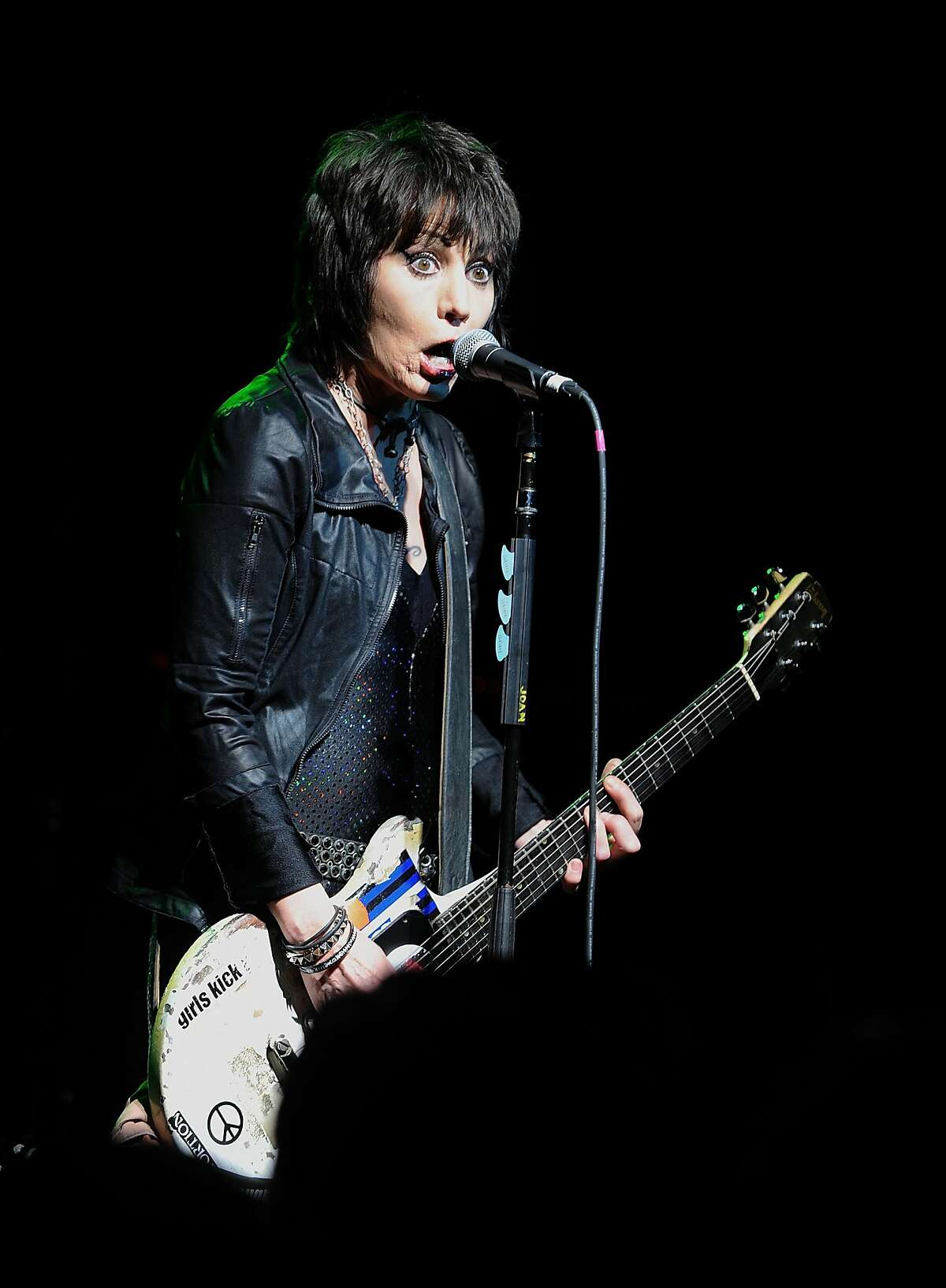 NEW YORK, NY - MAY 03: Musician Joan Jett performs at the 2nd Annual National Concert Day Show at Irving Plaza on May 3, 2016 in New York City. (Photo by Brad Barket/Getty Images)