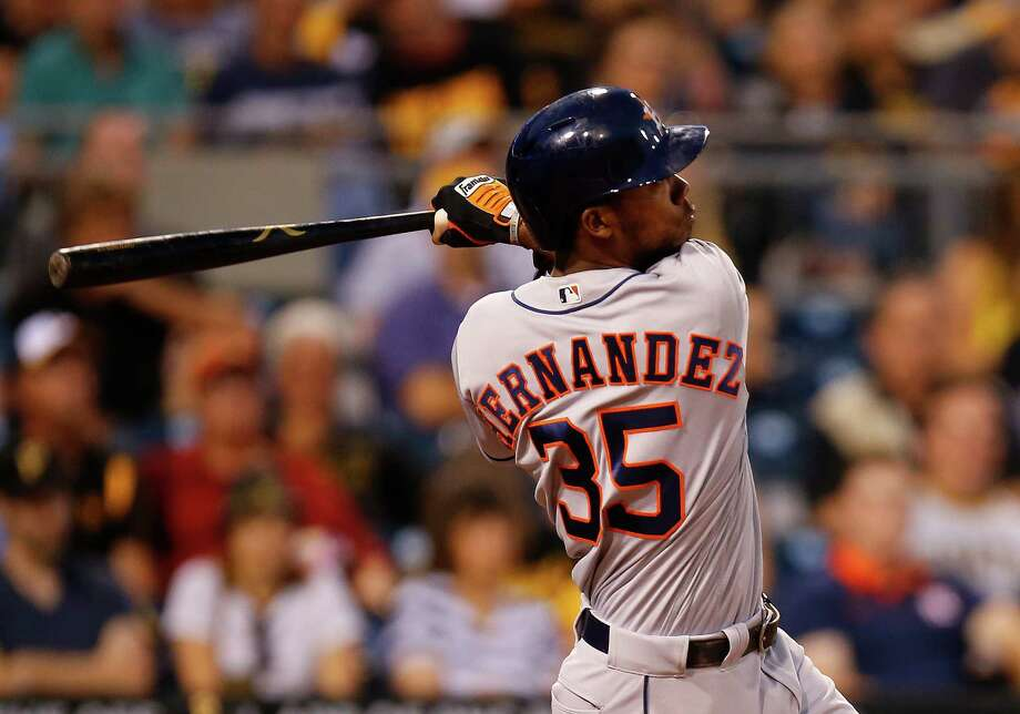 PITTSBURGH, PA - AUGUST 22:  Teoscar Hernandez #35 of the Houston Astros hits a two run home run in the fifth inning during inter-league play against the Pittsburgh Pirates at PNC Park on August 22, 2016 in Pittsburgh, Pennsylvania. Photo: Justin K. Aller, Getty Images / 2016 Getty Images
