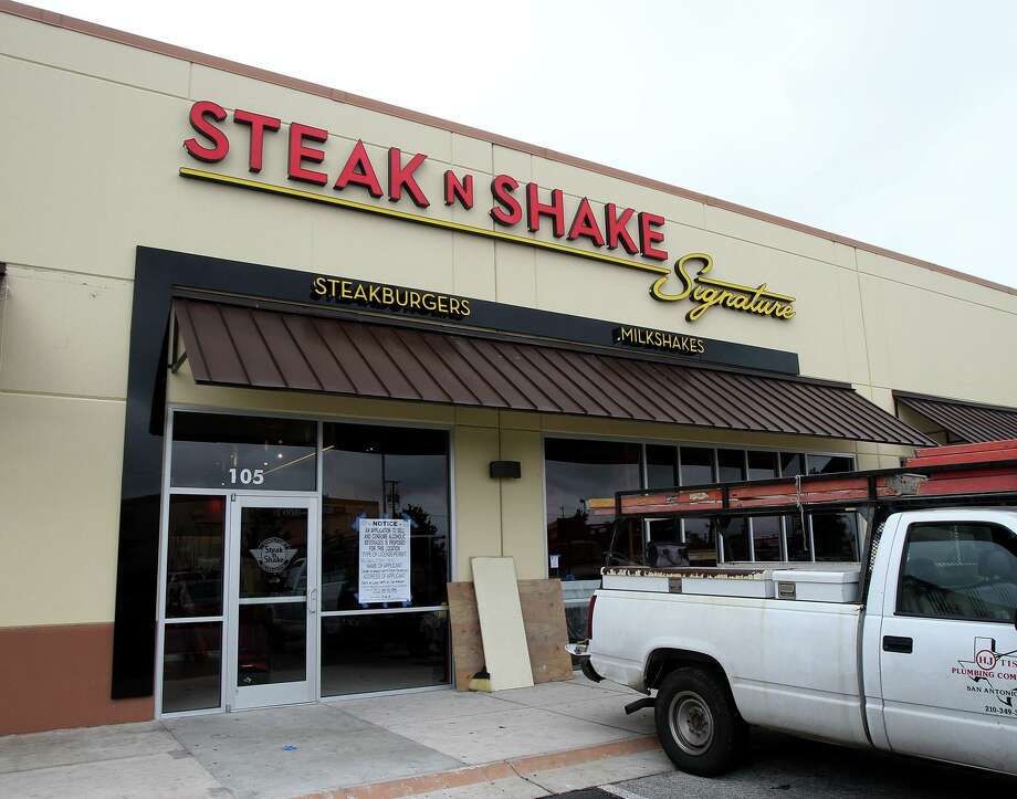 Some of the companies that an analyst says could be at risk from a Zika-related drop in tourism include Biglari Holdings' Steak n Shake, which has 15 percent of its U.S.-based units in Florida. Photo: San Antonio Express-News /File Photo / ©San Antonio Express-News