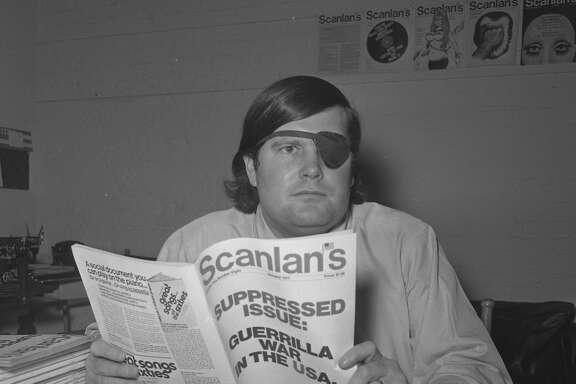 Warren Hinckle with his Scanlan's Monthly magazine, 1970.